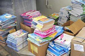 أباء يتهمون مدراء مدارس ابتدائيات ببن الطيب بالتلاعب في قوائم الاستفادة من الكتب المدرسية