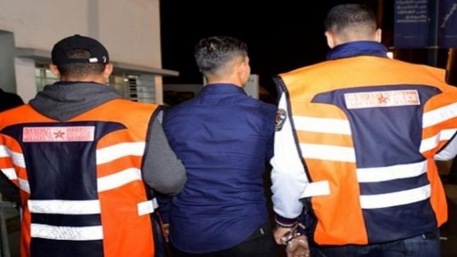 اعتقال شخص بدرب الكبير بالبيضاء على خلفية تبادل العنف وإهانة وقذف موظفي الأمن