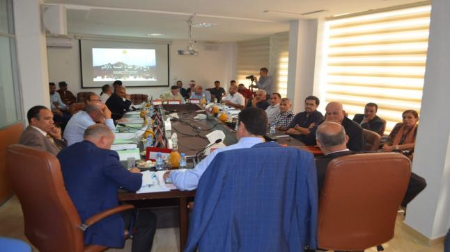 مجلس اقليم الدريوش يُصادق على توجيه ملتمس إلى المديرية الإقليمية للمياه والغابات من أجل إعادة تشجير غابة افرني