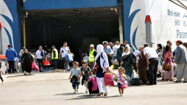 أفراد الجالية غاضبون على الحكومة بسبب إجبارهم على دفع مبالغ خيالية للحصول على تذاكر دخولهم المغرب
