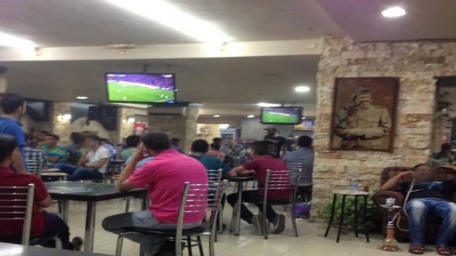 ابتداء من اليوم.. منع نقل مباريات كرة القدم في مقاهي الناظور والدريوش وبن الطيب ومدن مغربية