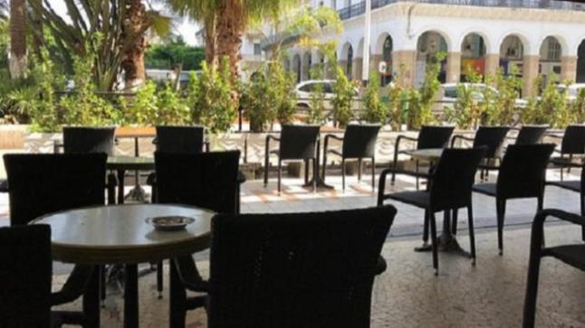 رسميا .. المقاهي والمطاعم تستأنف فتح أبوابها بداية من غد الجمعة بهذه الشروط