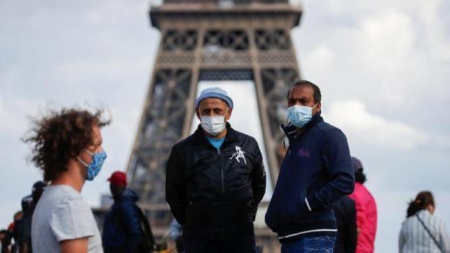 فرنسا تعلن حالة الطوارئ الصحية في عموم البلاد