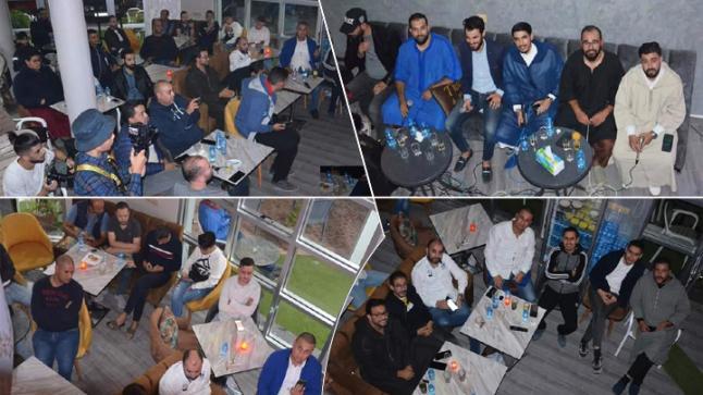 بالصور والفيديو: مقهى ثازيري بالعروي تحتفي بذكرى المولد النبوي بتنظيم امسية دينية