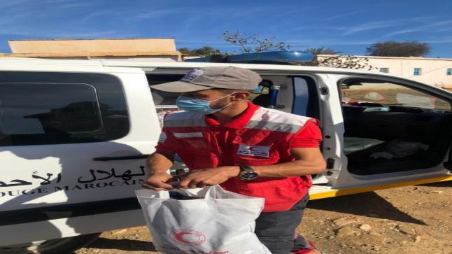 تنظيم حملة لتوزيع الملابس على الفقراء من طرف الهلال الاحمر المغربي باقليم الدريوش